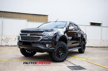 HOLDEN COLORADO VECTOR MATTE BLACK  small