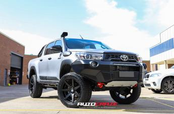 Toyota HILUX 4WD AVALANCHE MATTE BLACK FRONT MILLED