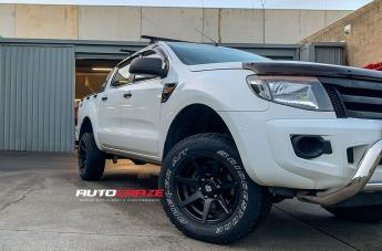 Ford RANGER AVALANCHE MATTE BLACK FRONT MILLED