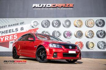 HOLDEN COMMODORE DETROIT SATIN BLACK  small