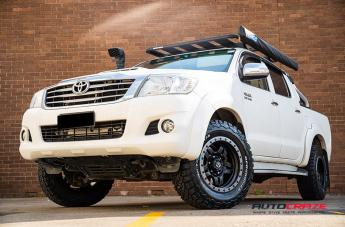 TOYOTA HILUX 4WD ANZA MATTE BLACK WITH ANTHRACITE RING  small