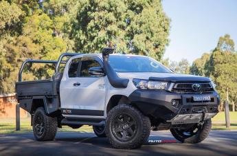 Toyota HILUX 4WD RIPPER MATTE BLACK