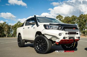 Toyota HILUX 4WD MISSION MATTE BLACK MACHINED TINTED SPOKES