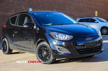 Hyundai i20 SUPERTURISMO GLOSS BLACK