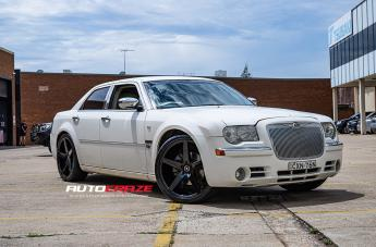 Chrysler 300C IFG 8 FLAT BLACK