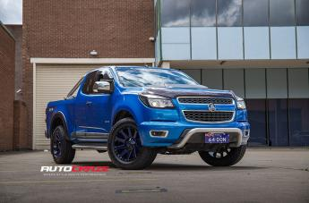 Holden COLORADO CONTRA GLOSS BLACK BLUE TINTED CLEAR