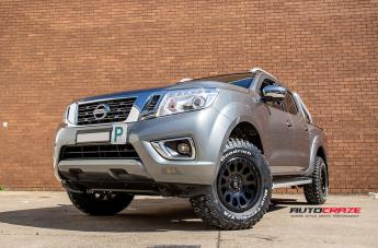 NISSAN NAVARA VECTOR MATTE BLACK  small