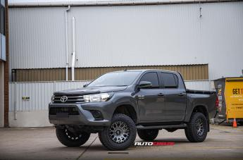 Toyota HILUX 4WD VECTOR ANTHRACITE
