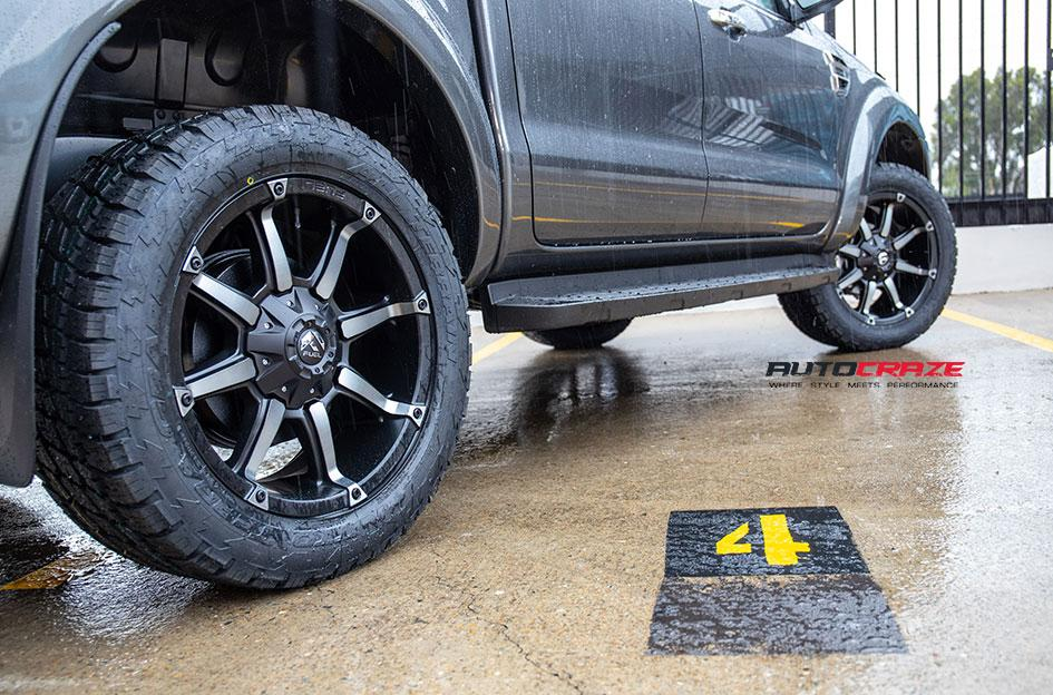 FORD RANGER COUPLER BLACK MACHINED WITH DARK TINT