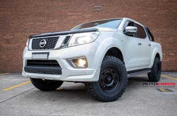 NISSAN NAVARA TERRA SATIN BLACK  small