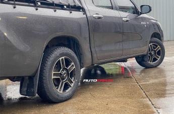 TOYOTA HILUX 4WD CORSA GLOSS BLACK MACHINED FACE  small