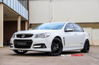 Holden COMMODORE RF2 MATTE BLACK