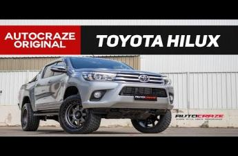Toyota HILUX 4WD TROPHY MATTE ANTHRACITE WITH BLACK RING