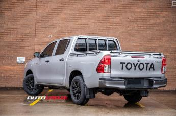 TOYOTA HILUX 4WD ROK SATIN BLACK PIPED  small