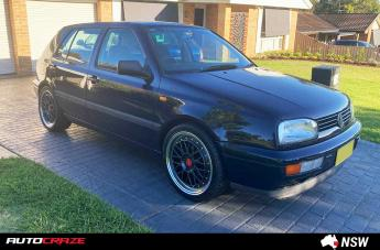 VOLKSWAGEN GOLF INTERLAGOS GUN METAL POLISHED LIP