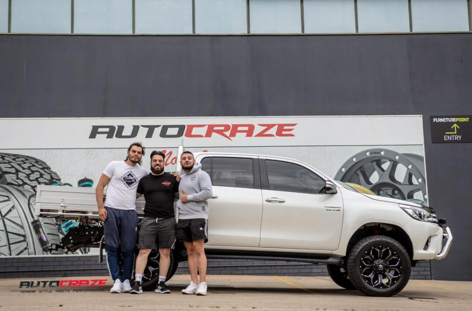 Toyota HILUX 4WD ASSAULT GLOSS BLACK MILLED ACCENTS