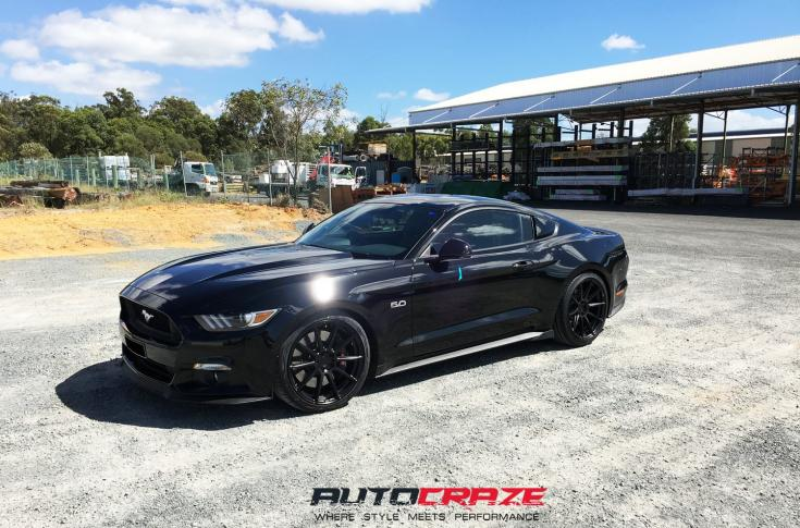 FORD MUSTANG ESSEN SATIN BLACK