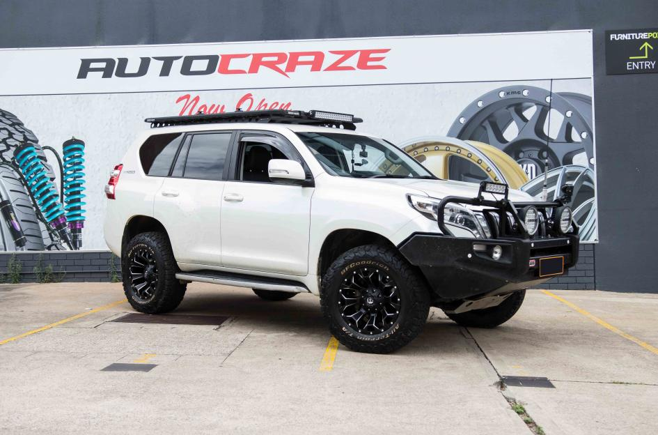Toyota PRADO ASSAULT GLOSS BLACK MILLED ACCENTS